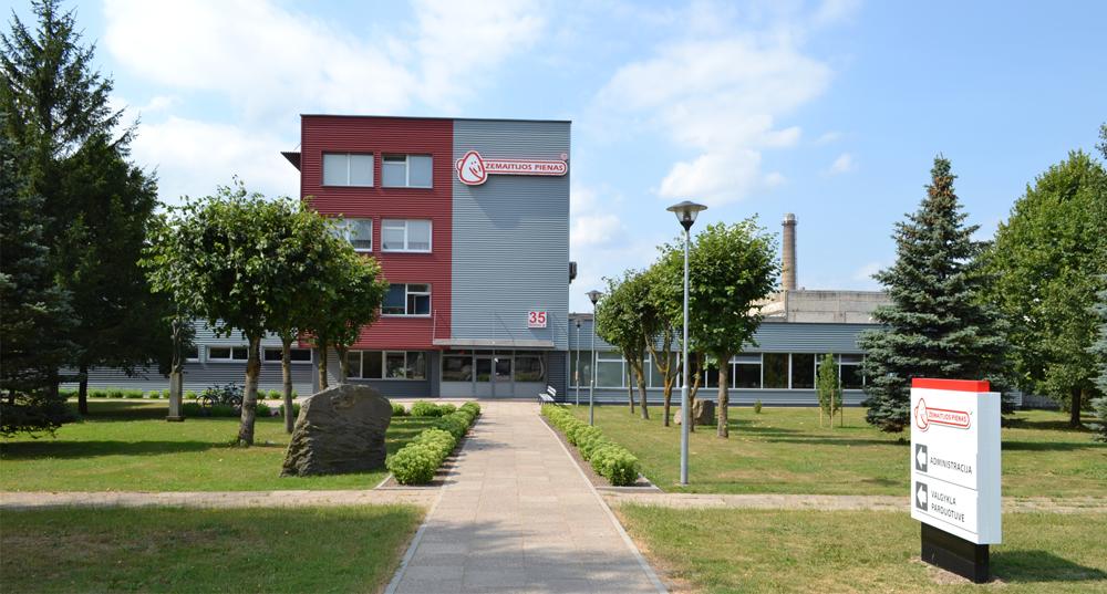 """""""Žemaitijos pienas"""" pieno gamintojams išmokėjo 2 mln. eurų premijų"""